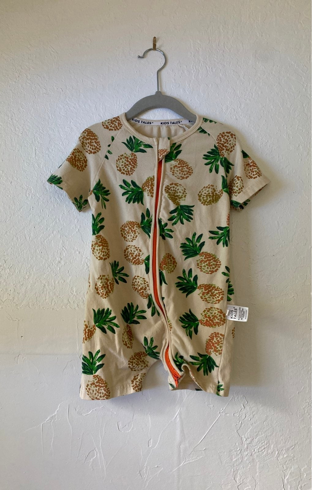 Pineapple Jumper
