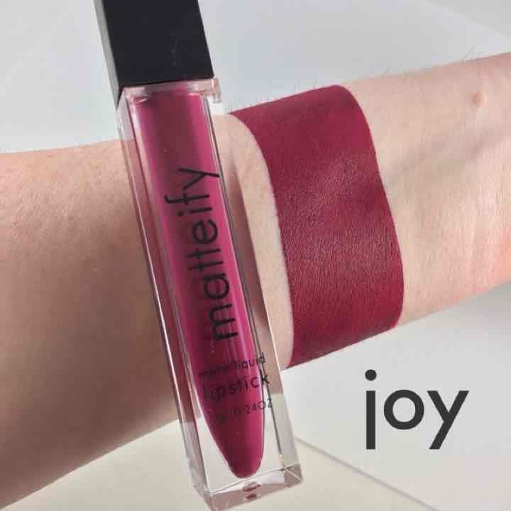 matteify deep berry matte lipstick