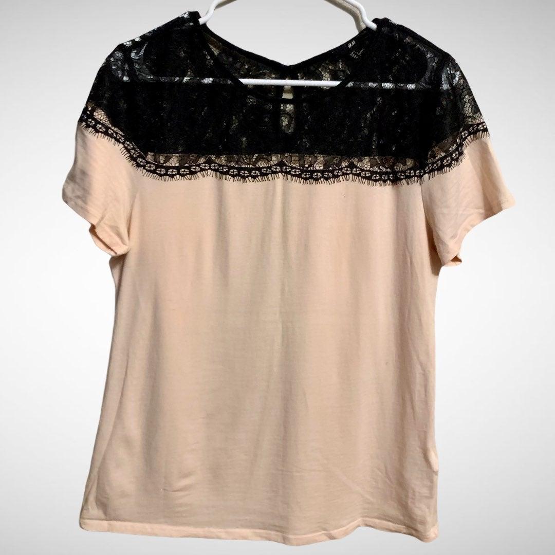 H&M Lace Shoulder Short Sleeve Top