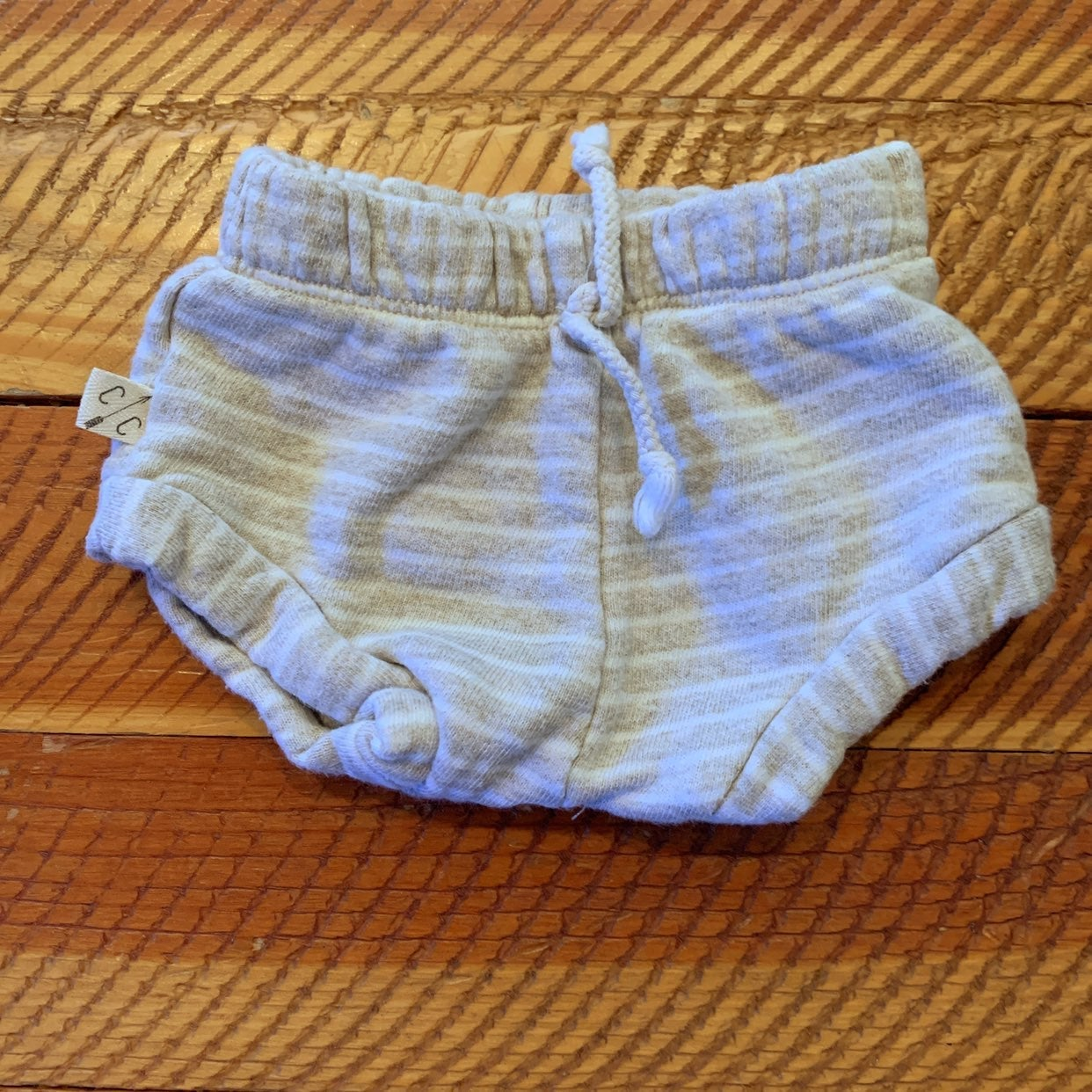 Childhoods oatmeal Shorties size 0-3