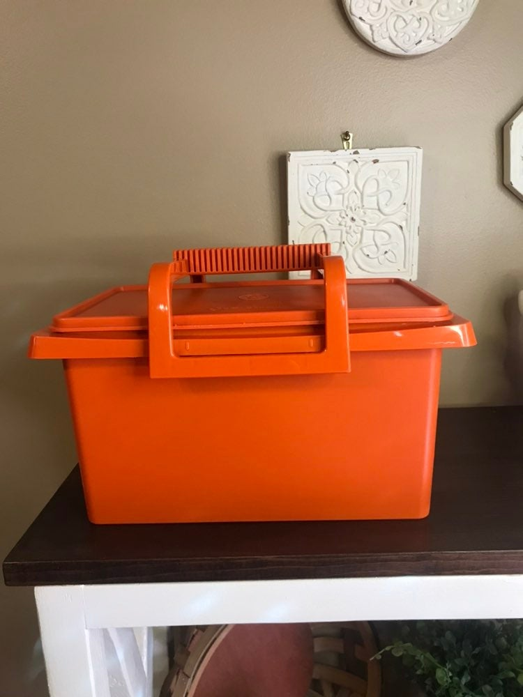 vintage tupperware carry all organizer