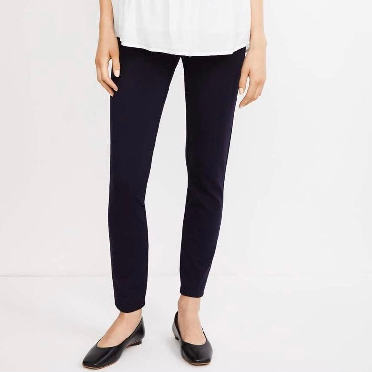 A Pea In The Pod XS Maternity Pants Navy