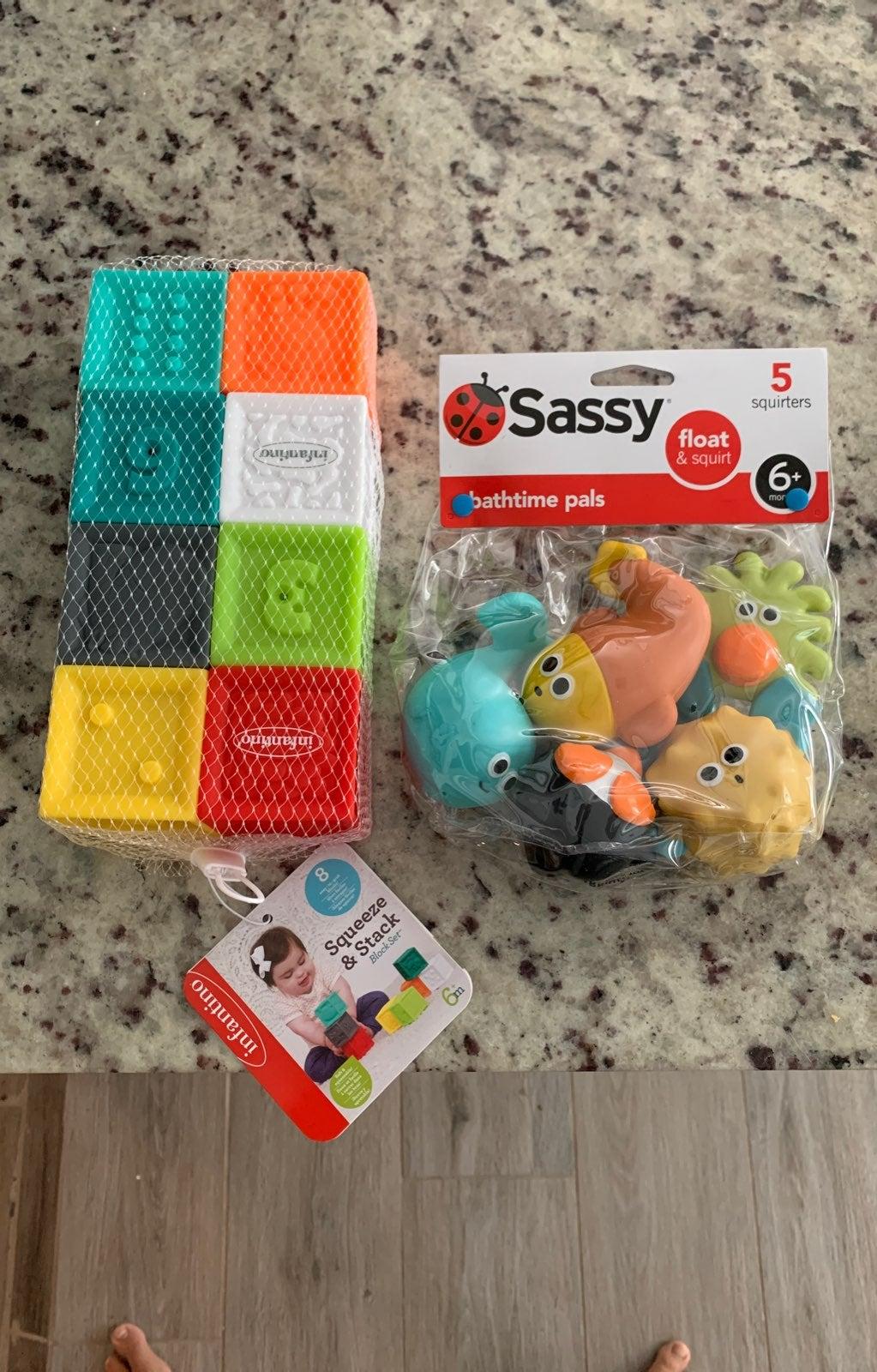 Infant toys infantino sassy