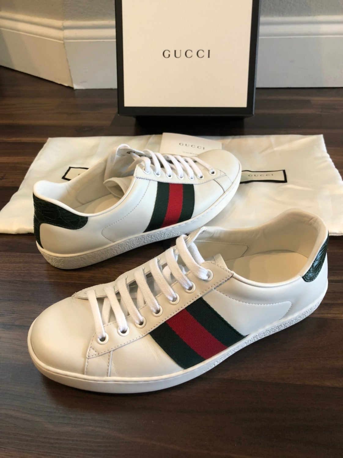 Mens Authentic Gucci Ace sneakers size 6