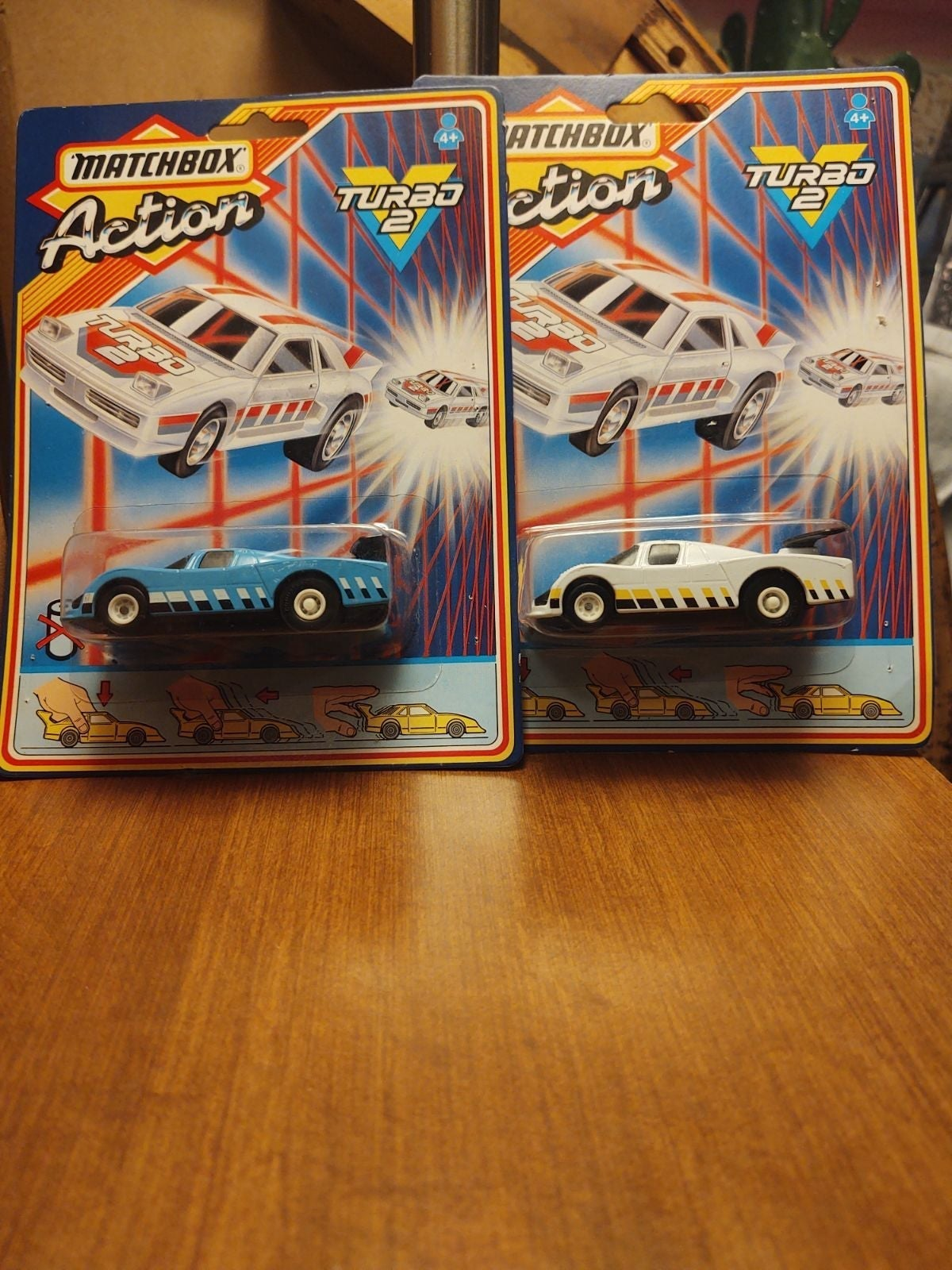 2 Turbo Action racers