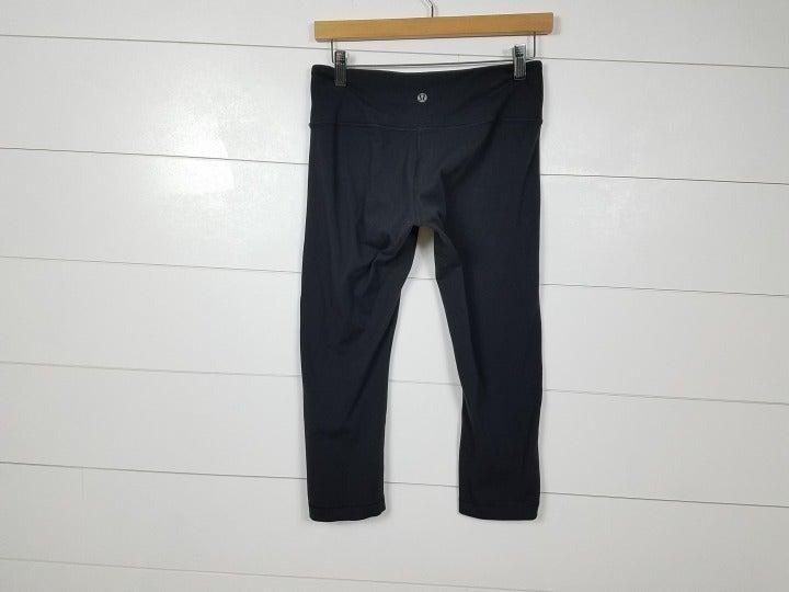 Lululemon Crop Leggings Solid Black 6