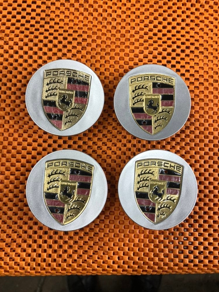 4 center cap Porsche kayan 65 mm new
