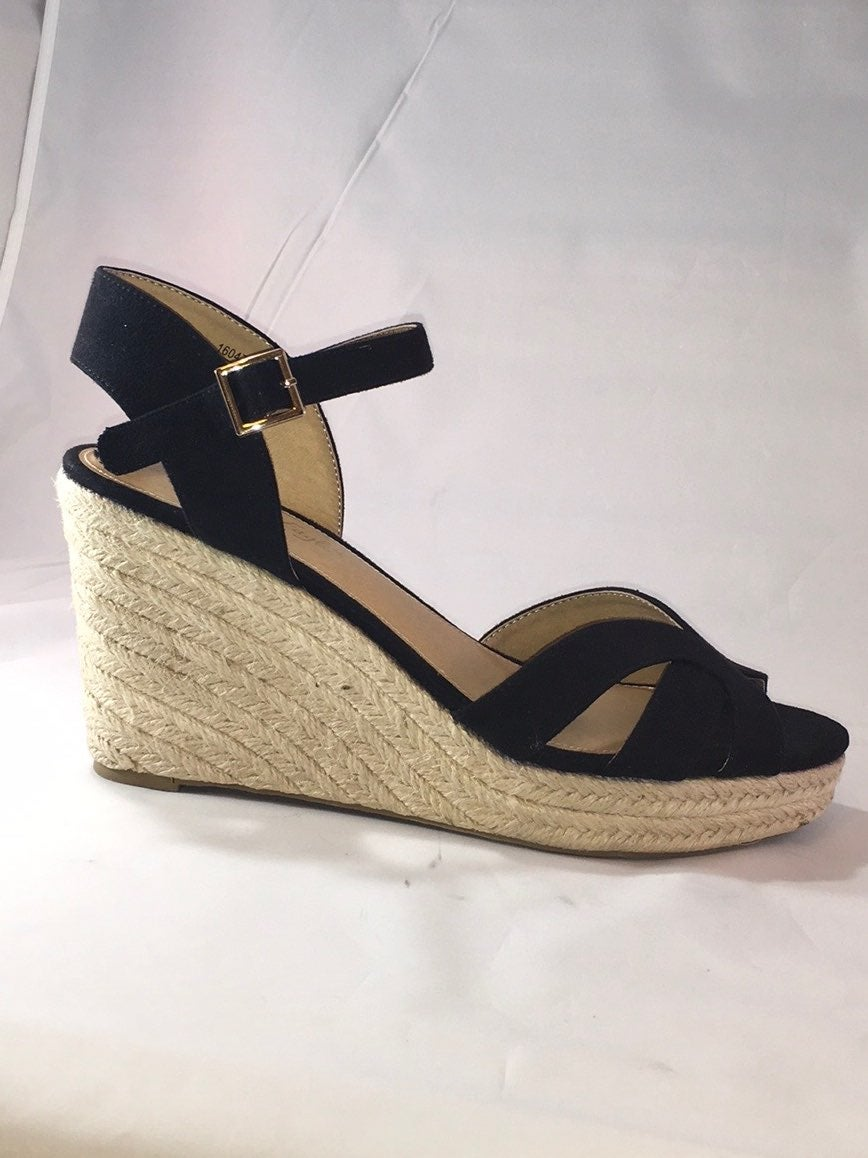 American Eagle Faux Suede Wedge