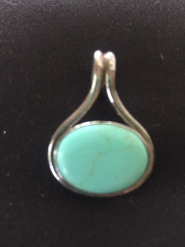 925 Sterling Silver/turquoise pendant