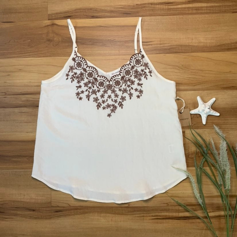 NWT! Blu Pepper Embroidered Top