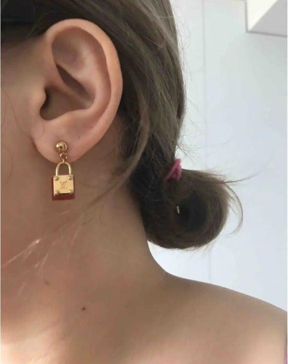 Very rare Authentic Louis Vuitton Earrin