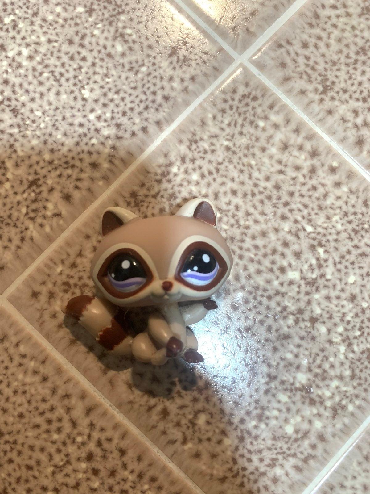 Lps Littlest Pet shop Raccoon