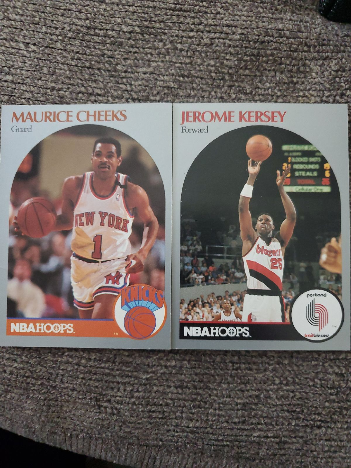 Vintage NBA Hoops trading cards