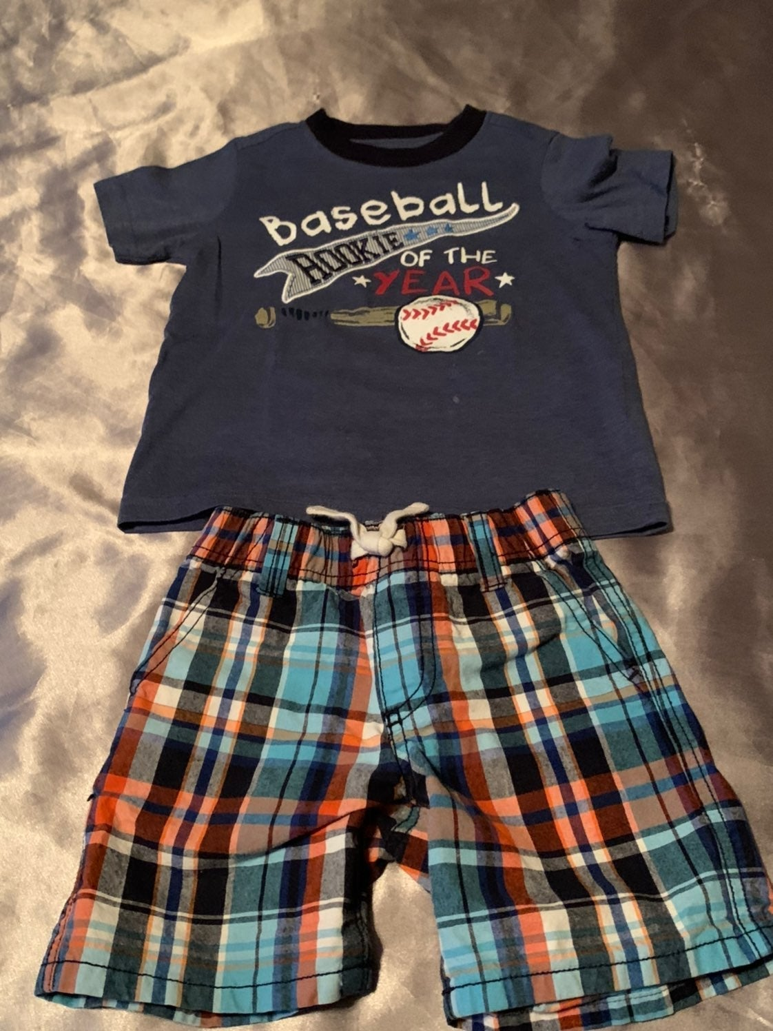 Boy's 2 Pieces Size 2T