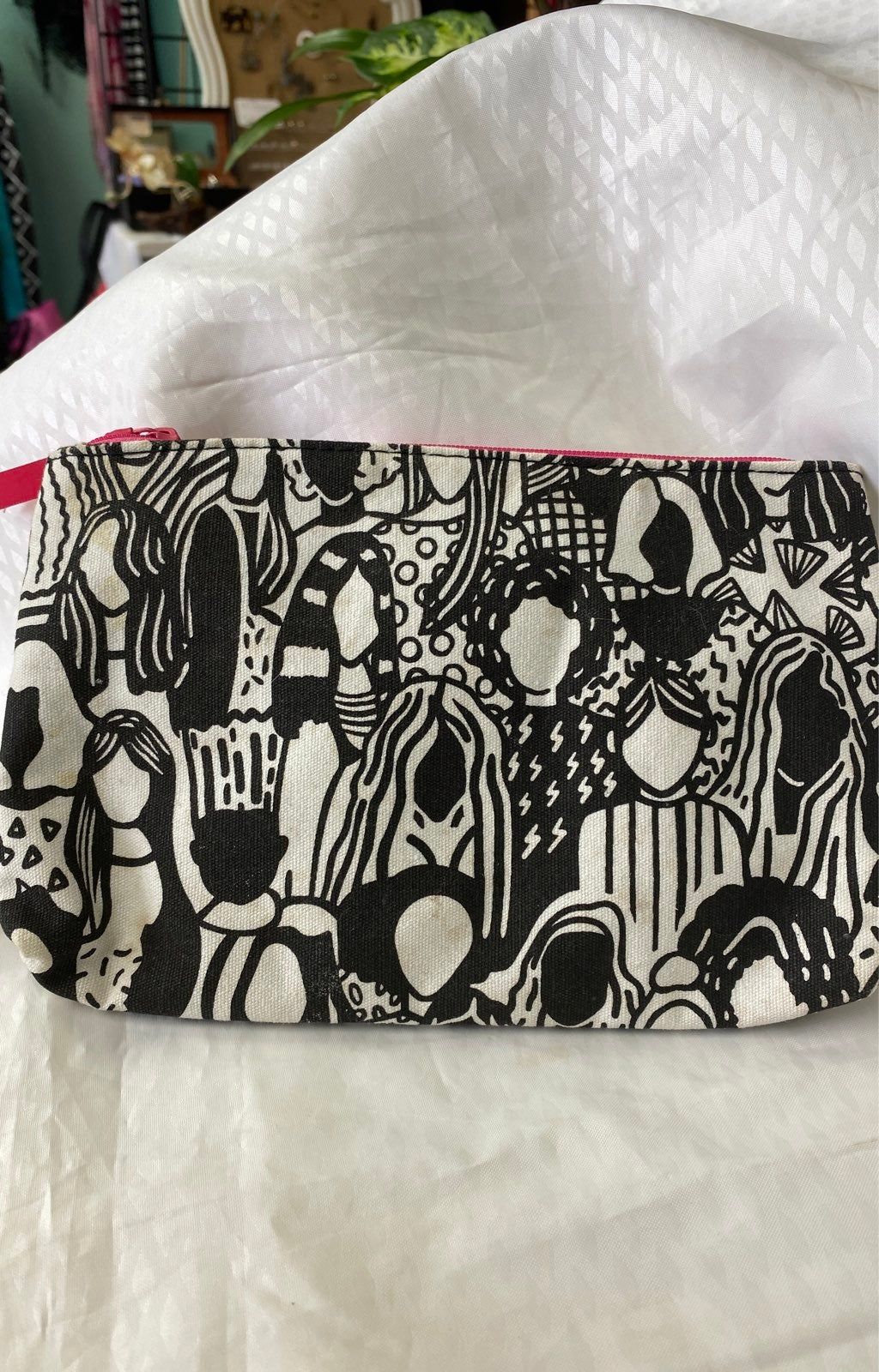 1psy cosmetic bag