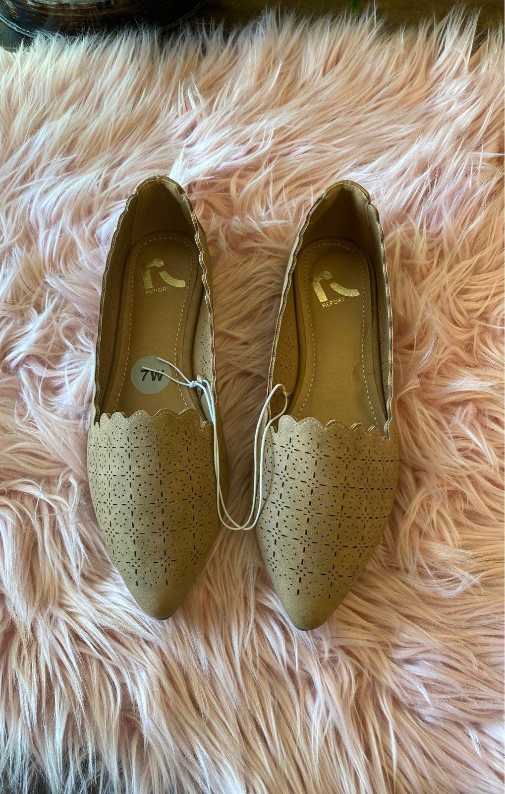 Report Tan khaki Flats shoes 7W