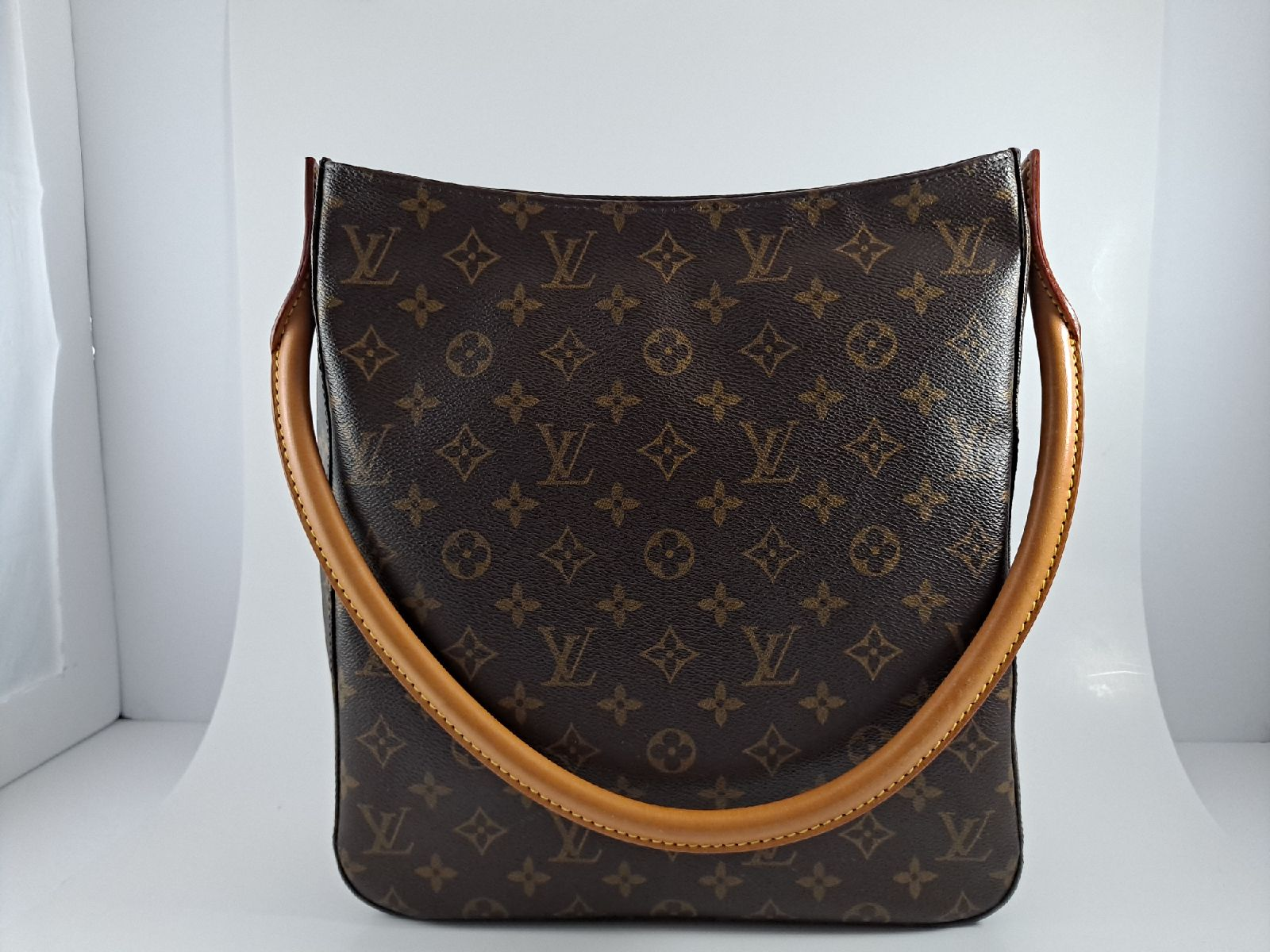 Louis Vuitton Looping Gm Shoulder