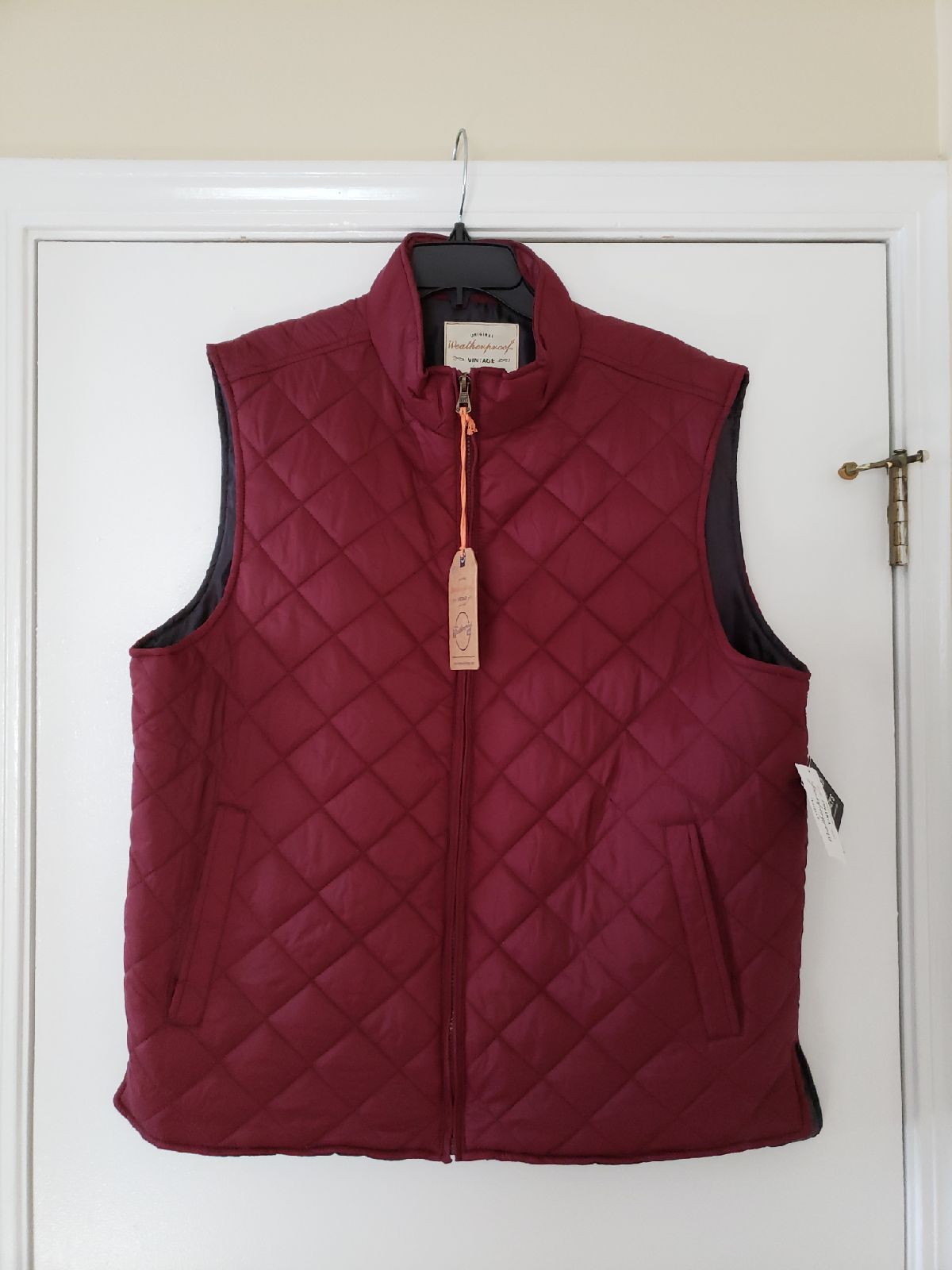 NWT Men's Outerwear Vest