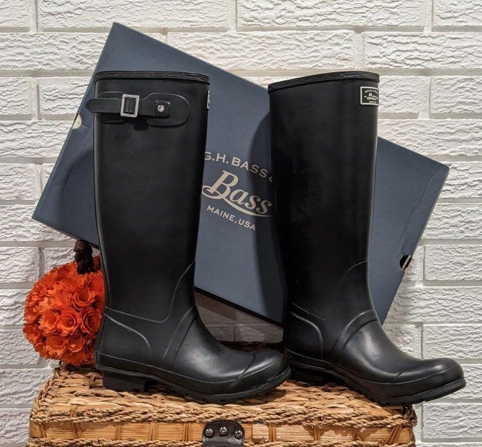 NIB Bass black London boots