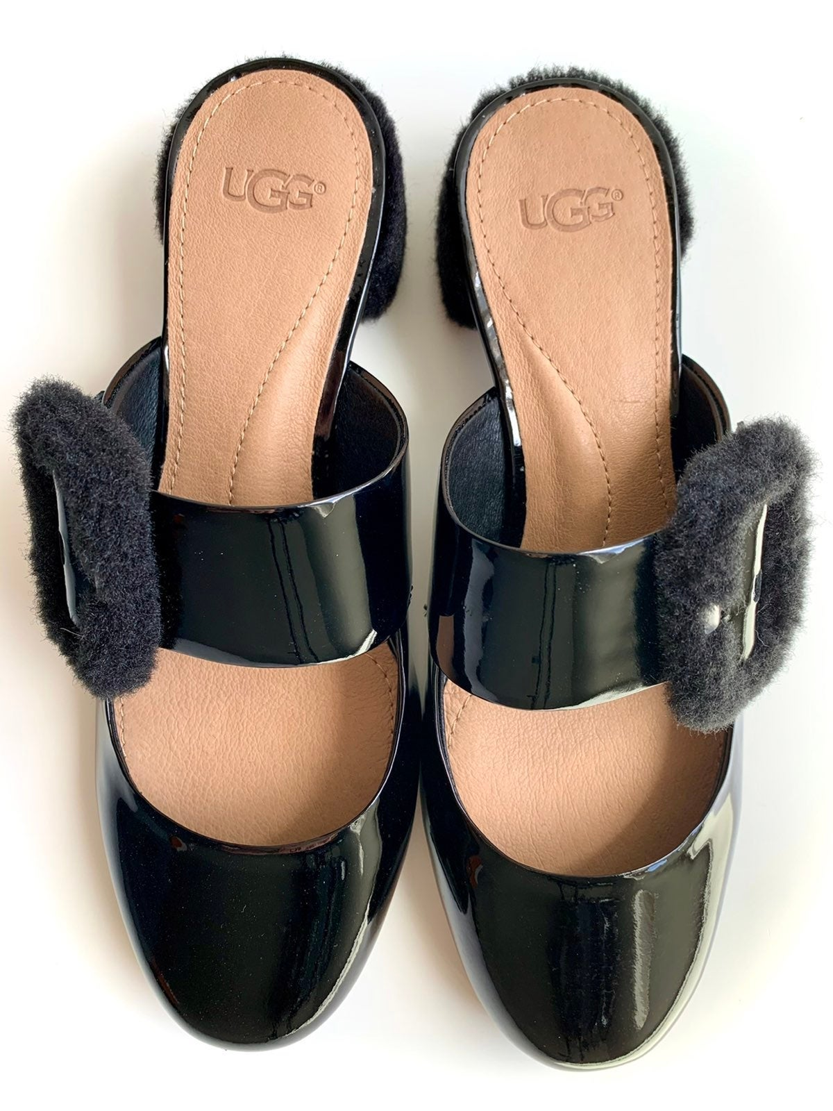 ✨UGG Patent Leather Mary Jane Mules 7