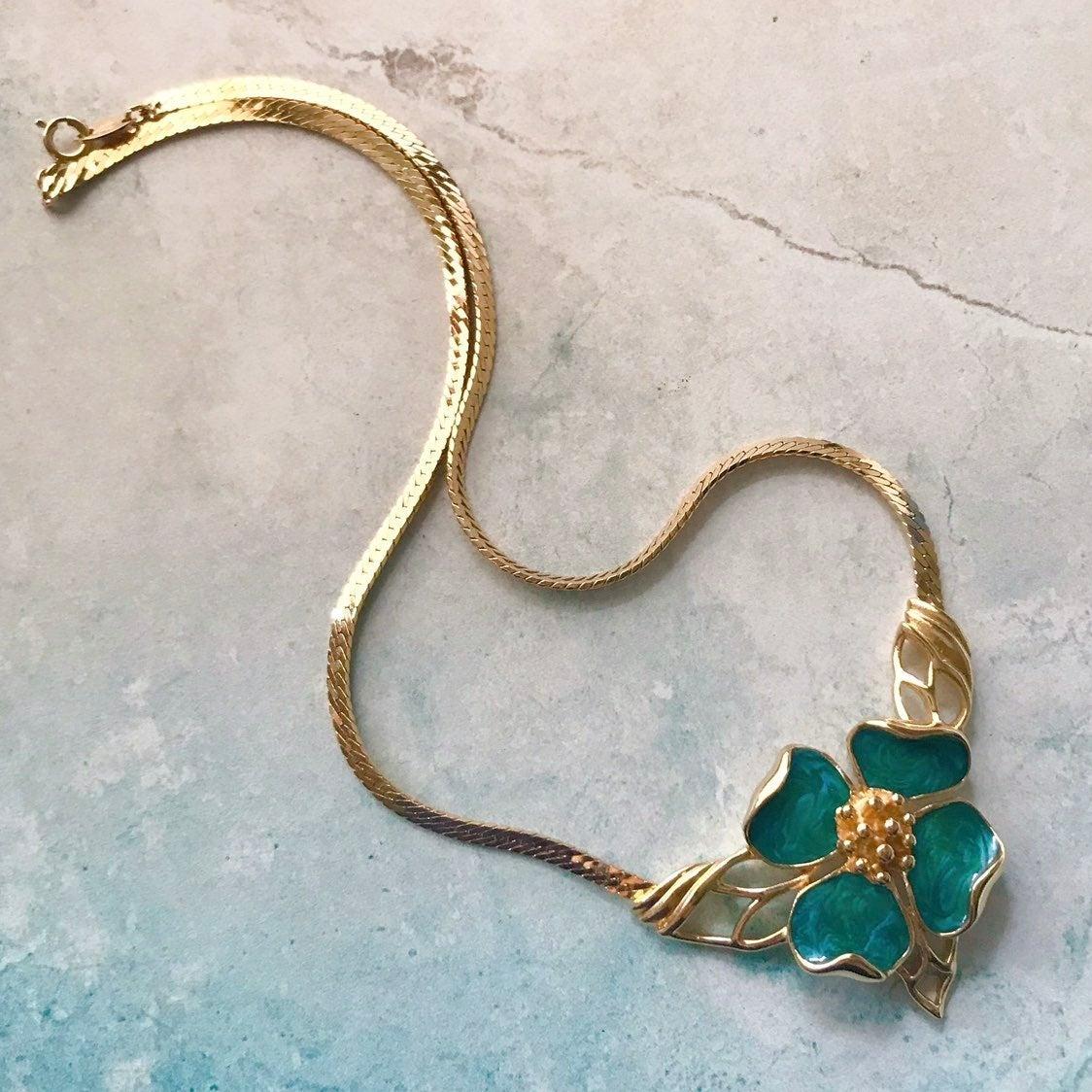 Trifari Green Dogwood Necklace