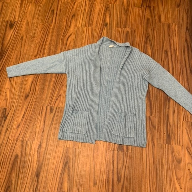 Light blue large knit cartigan