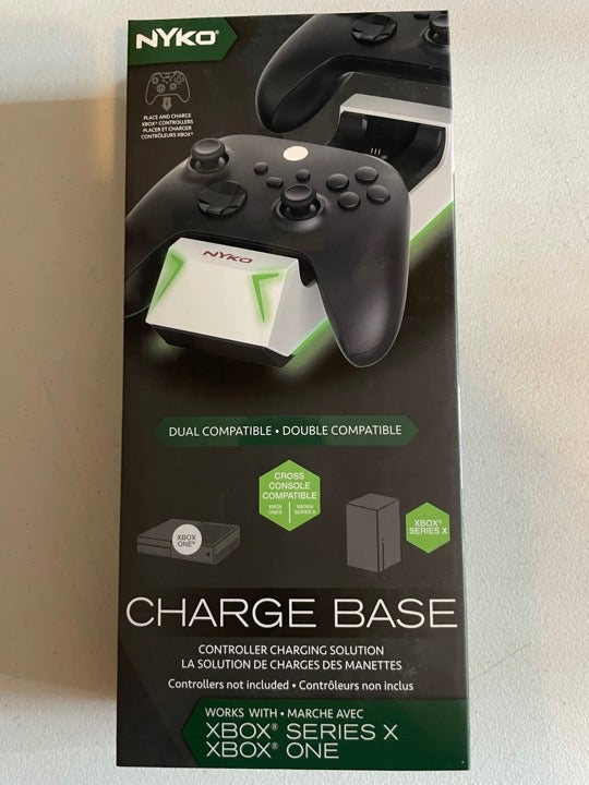 Nyko Xbox SeriesX ChargeBase, 2batteries