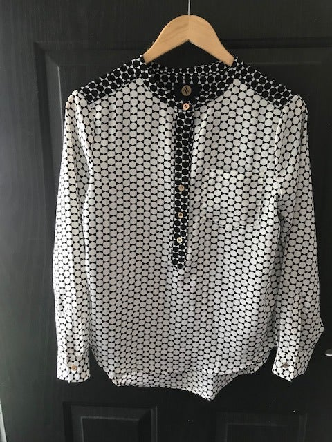AV Black and White Blouse Button up