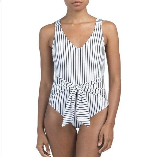 Rachel Roy White Blk tie waist Swimsuit