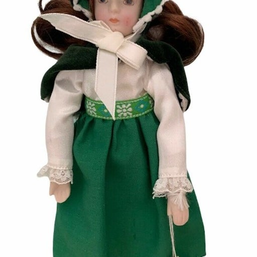 """Vintage Russ Porcelain 9"""" Doll Months to Remember March Irish w/Tags"""