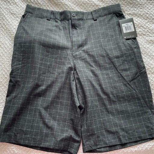 Shorts mens golf Nike size 30 new