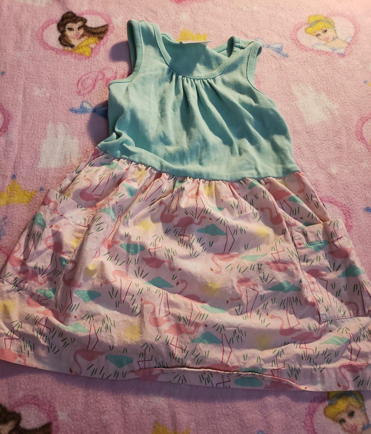 Cute girls summer dress with pockets