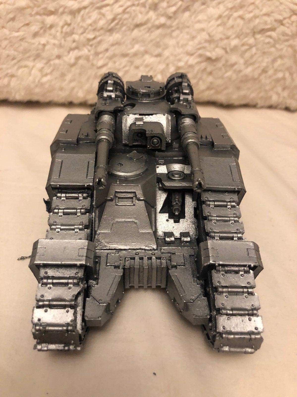 Warhammer 40k sicaran tank