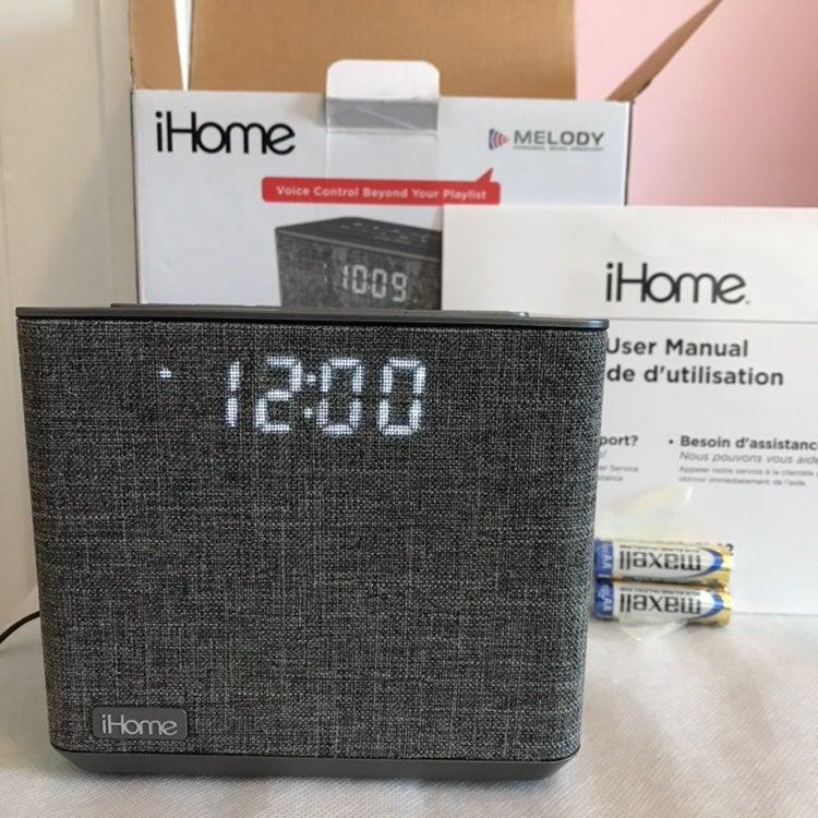 iHome iBT232 Bluetooth AUX Speaker Clock