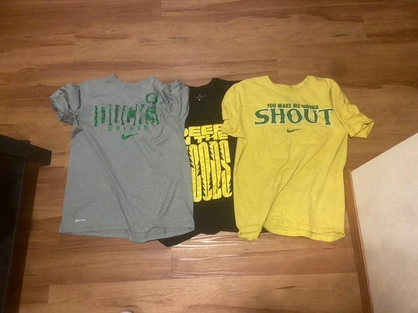 3 Nike Oregon Ducks T-shirts Lot Medium