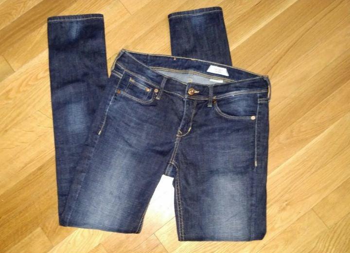 H&M &denim skinny jeans size 29x30