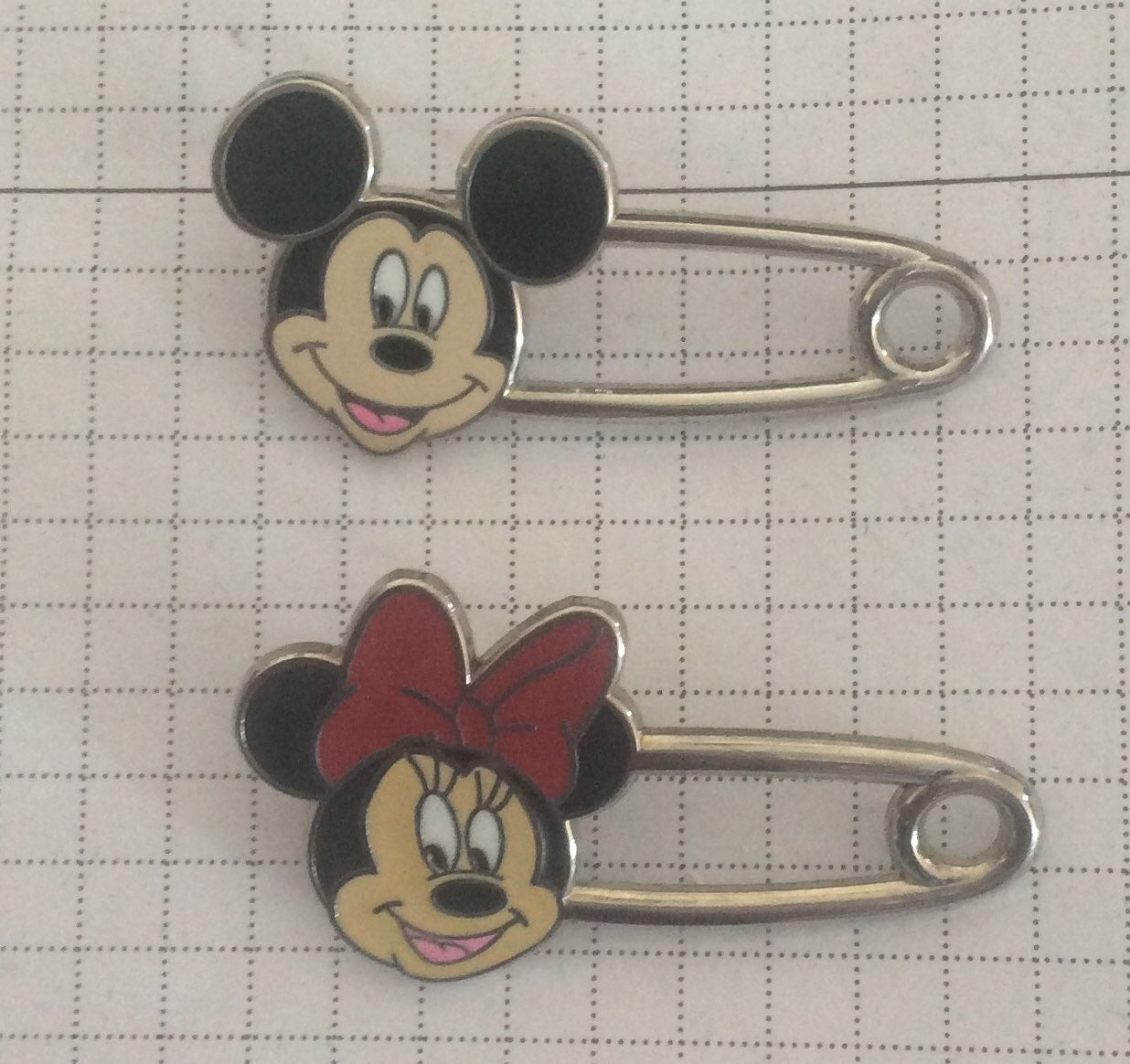 Tokyo Disney Mickey and Minnie Mouse Saf