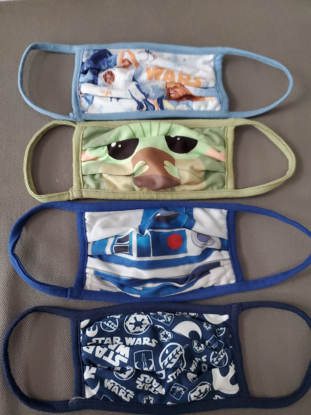 Disney Star Wars masks-size large