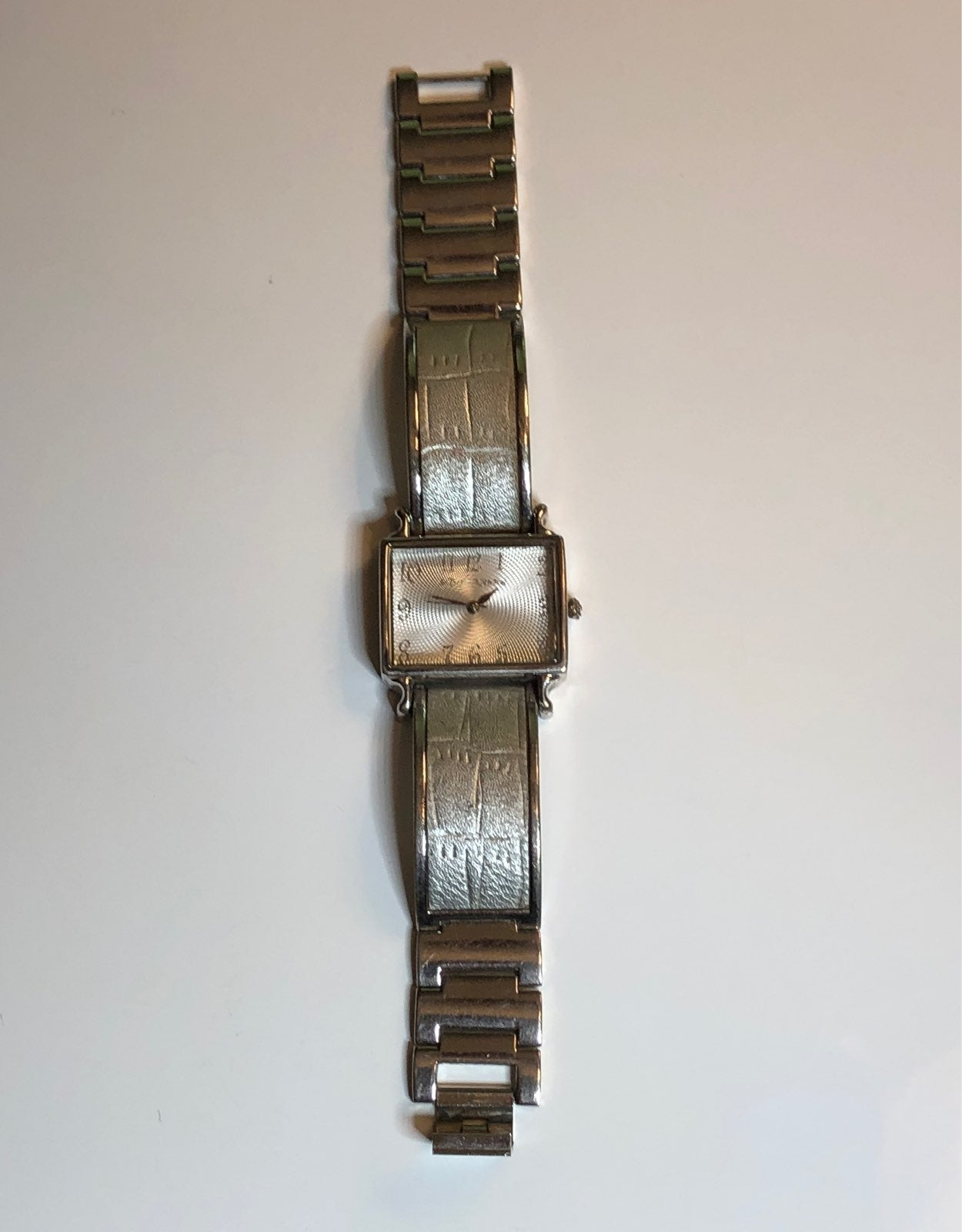 Betsey Johnson U54-06 BJ6015 Watch