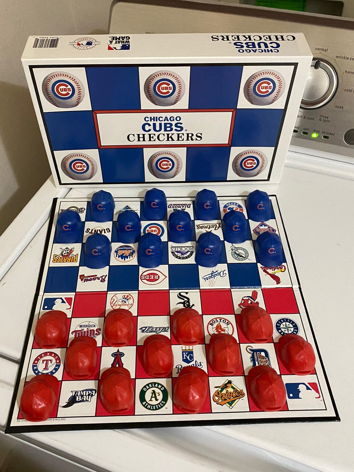 Cubs checkers game