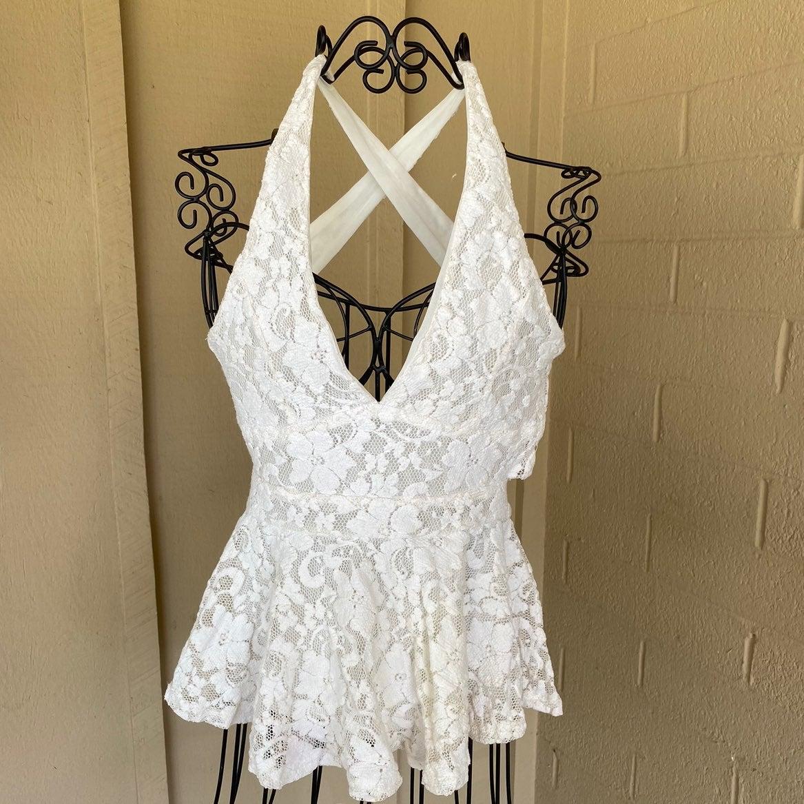Akira Chicago White Lace Peplum top M