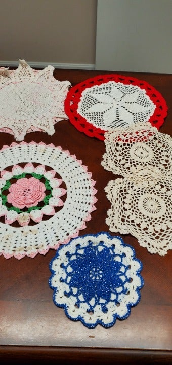 LARGE LOT of Doilies, Pillow Covers, etc