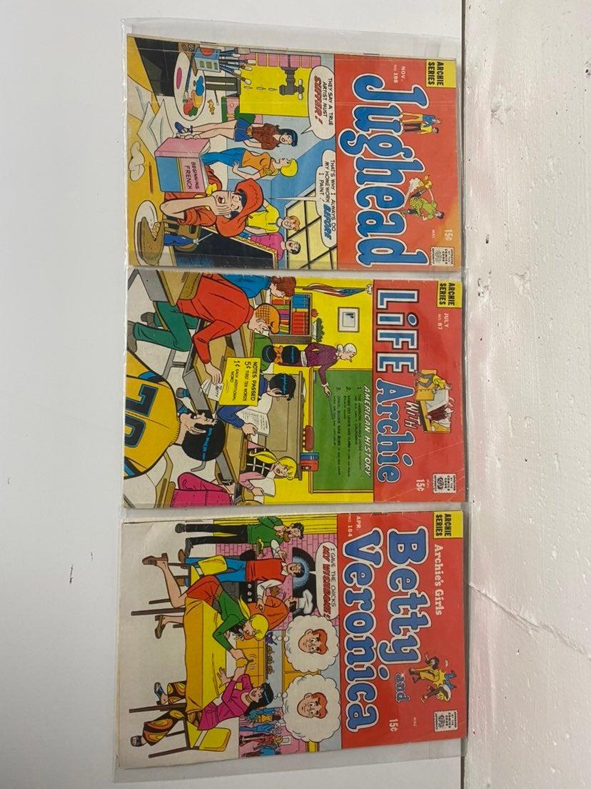 Archie comic book lot