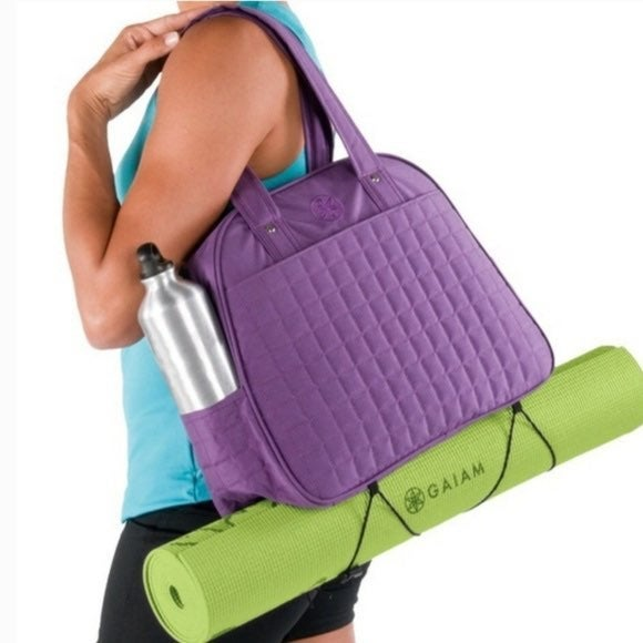 GAIAM yoga bag metro purple quilted gym
