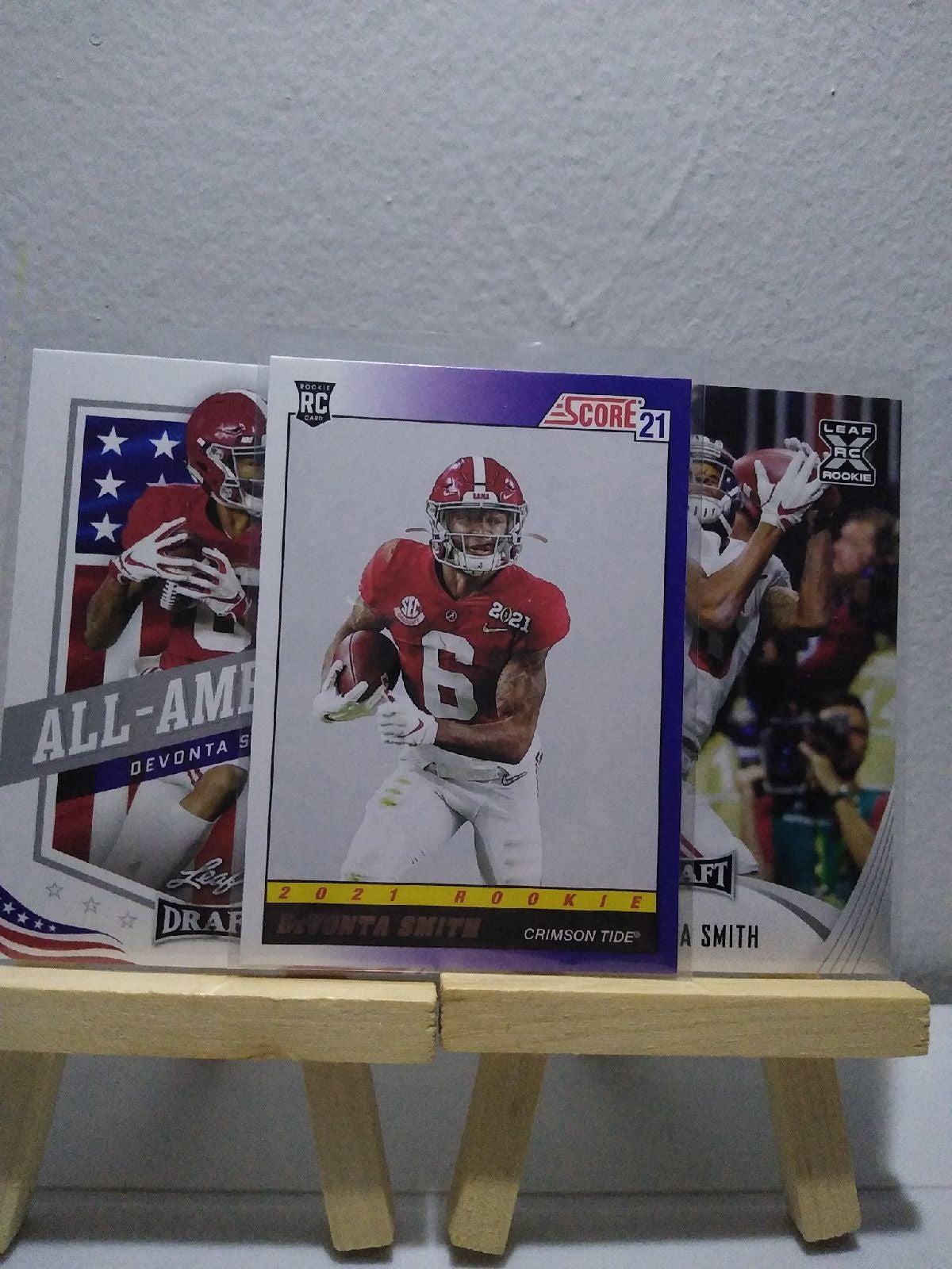 DeVonta Smith rookie cards