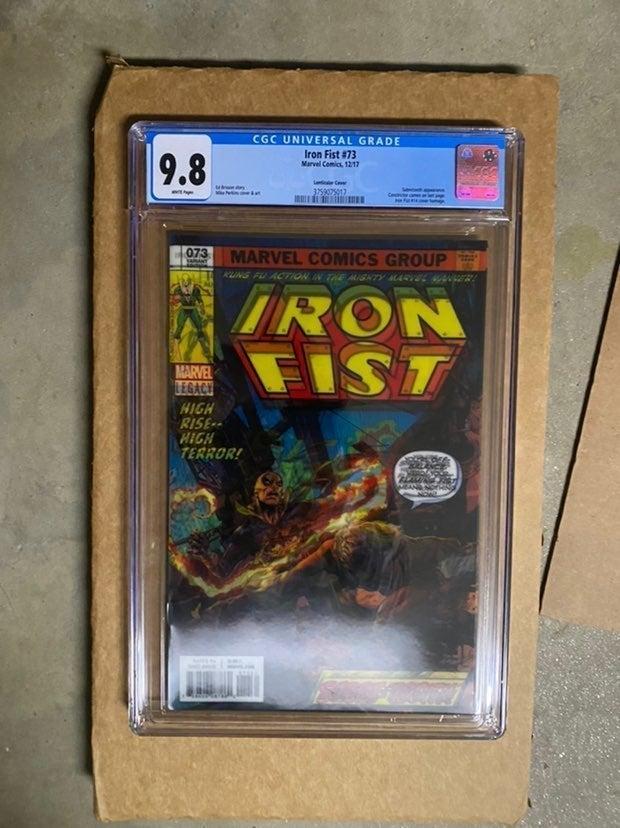 Iron Fist #73 CGC 9.8 Lenticular+ extra