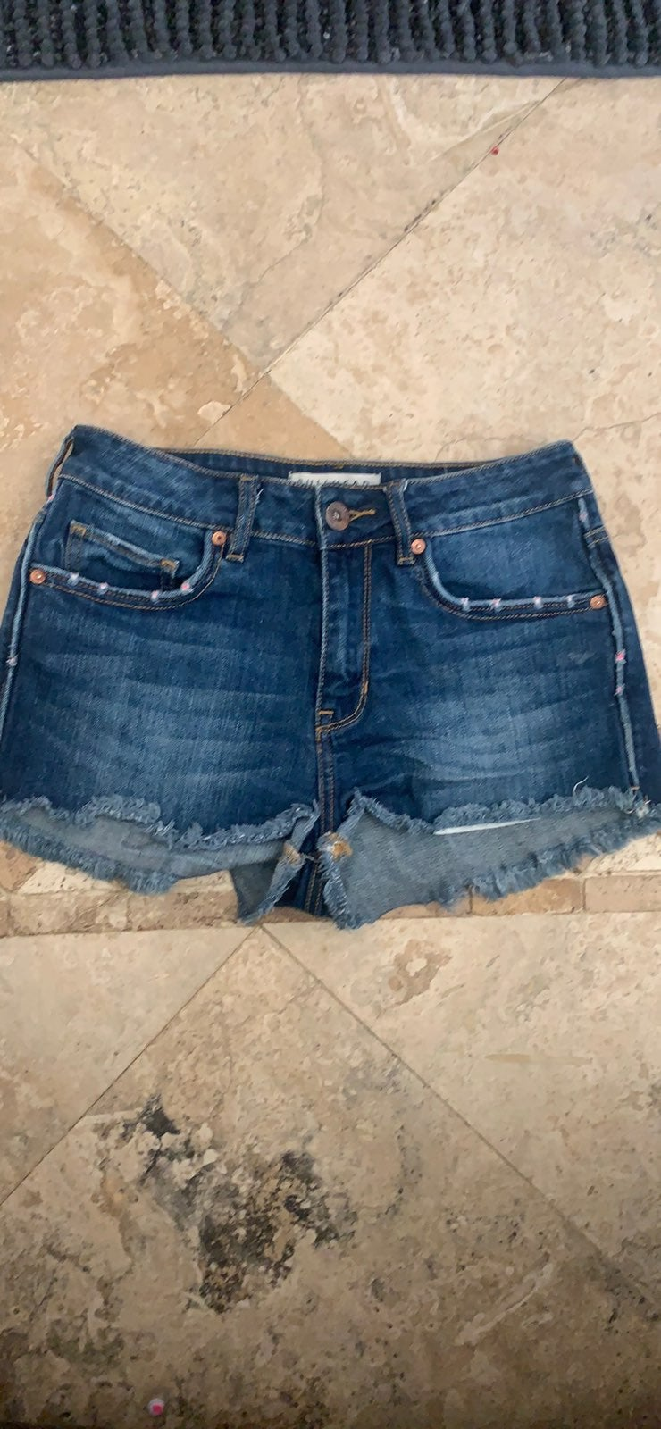 Bullhead jean  shorts size 5