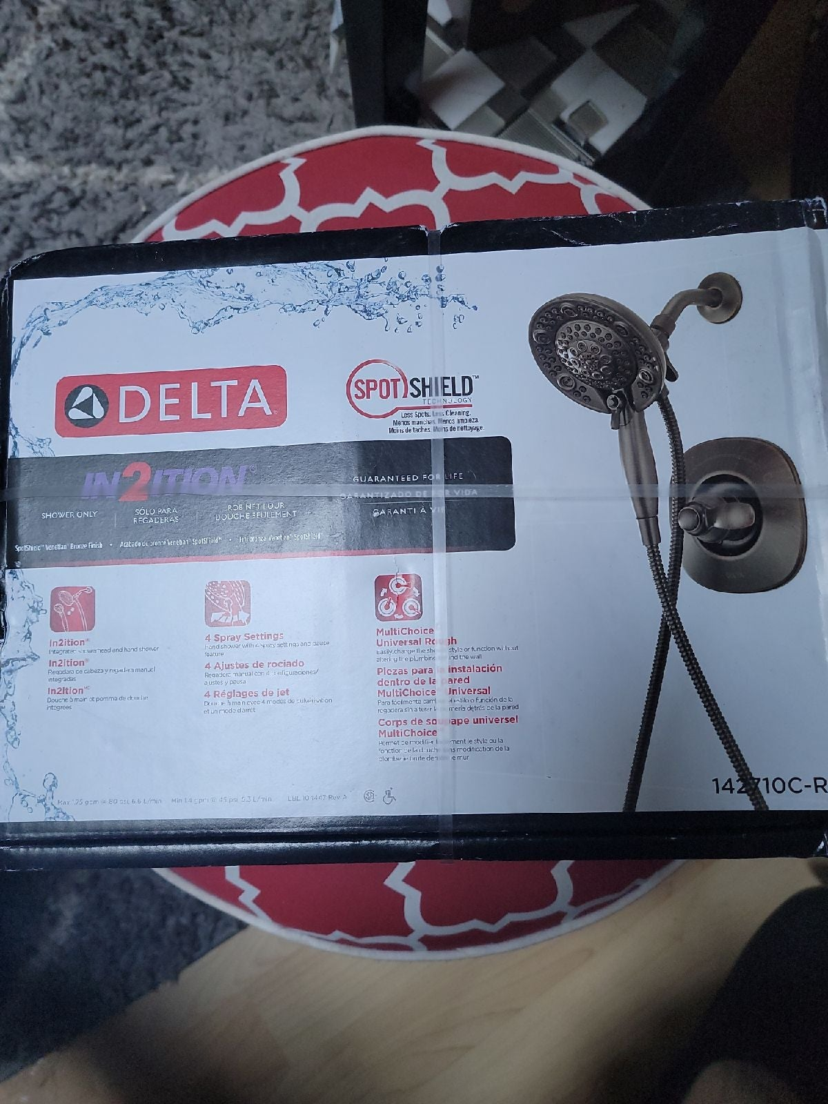 Delta in2ition hand and showerhead