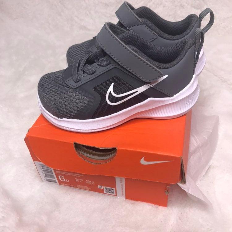 Nike Sneakers Kids Size 6C