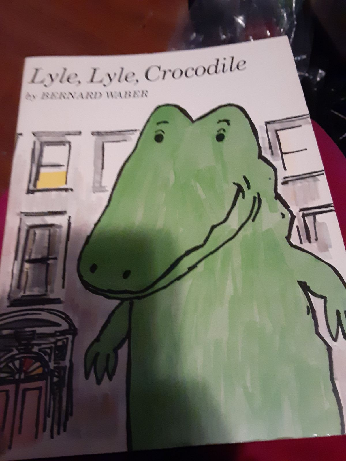 book Lyle Lyle Crocodile by Bernard Wabe